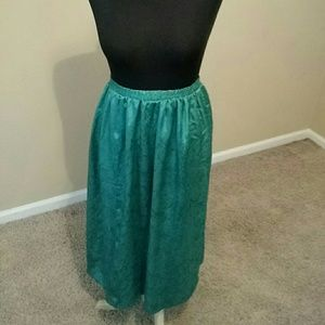 Dresses & Skirts - Green Scaly Print Skirt